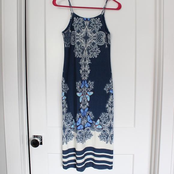 Anthropologie Dresses & Skirts - NWT: Farm Rio for Anthro Midi Floral Dress. Sz S